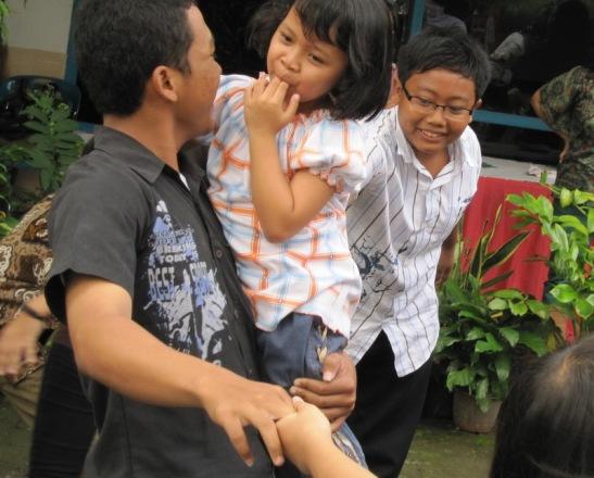 kerasulan awam - aksi sosial ke panti asuhan widya kasih